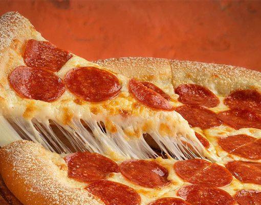 Saiba-Como-Fazer-Receita-de-Pizza-de-Calabresa-com-Catupiry-Igual-de-Pizzaria
